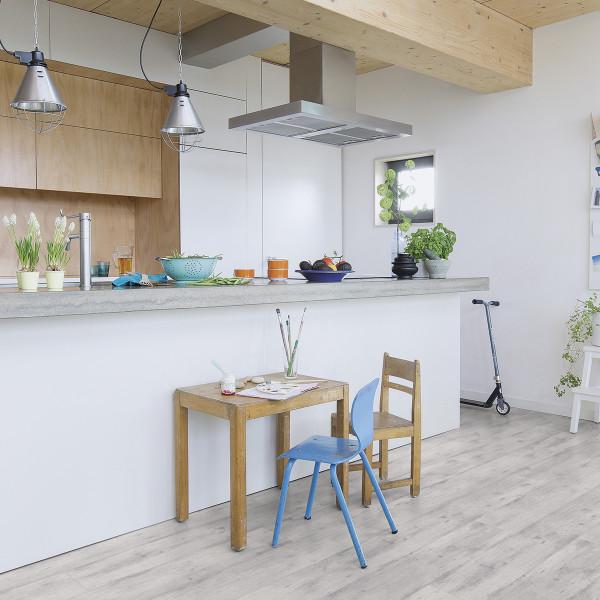 Laminaat grijs plank keuken