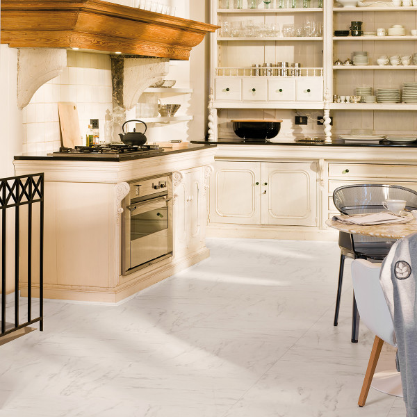 Laminaat wit tegel keuken
